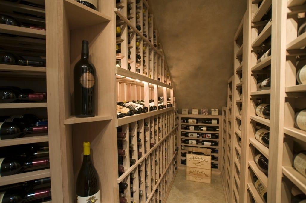 LED Lighting foar a More Attractive Wine Display