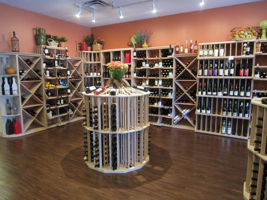 Flower Mond Wine Store Combination Commercial and Residential Wine Racks - Height Differences make a Beautiful Design