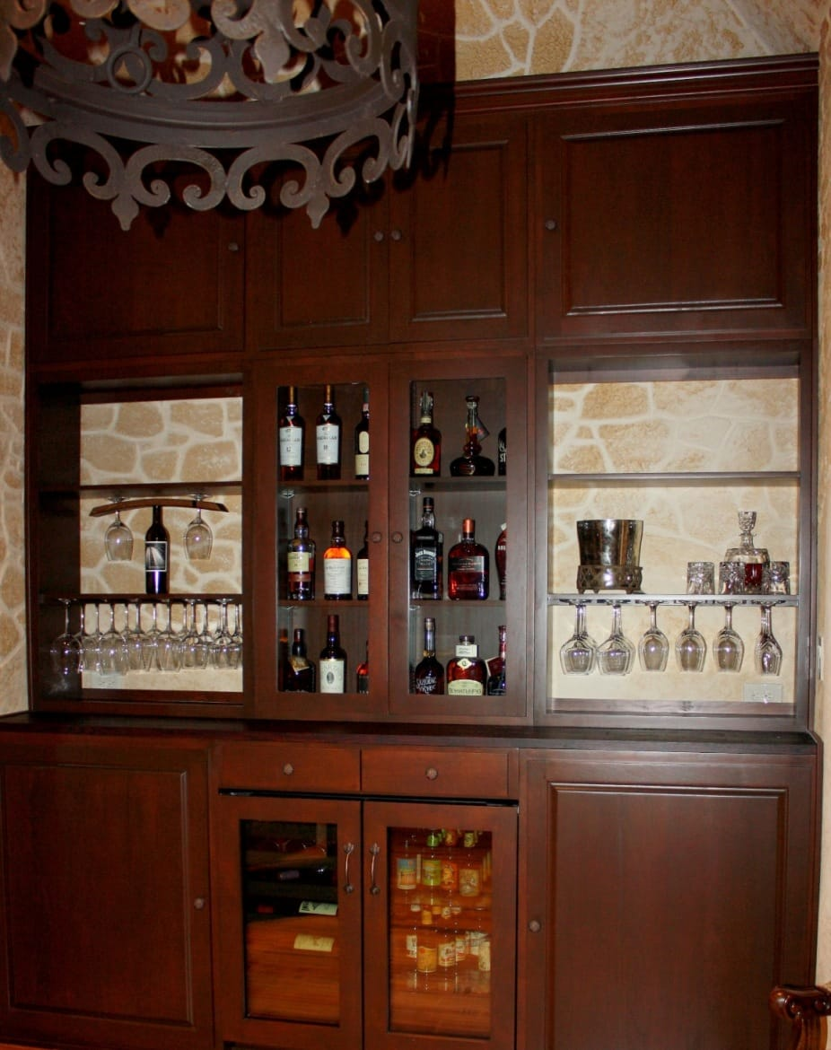 wine tasting room and home bar Flower Mound Texas