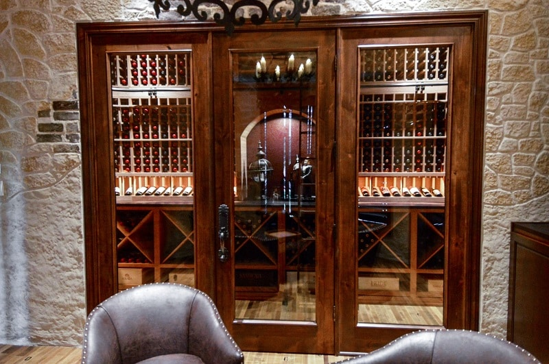 Take a look at the wine storage of this Dallas-Fort Worth home!